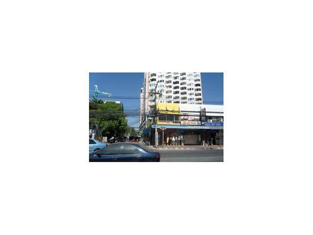 ขายอาคารพาณิชย์ ทำเลทองบนถนนห้วยแก้ว เชียงใหม่ 087 -7251750