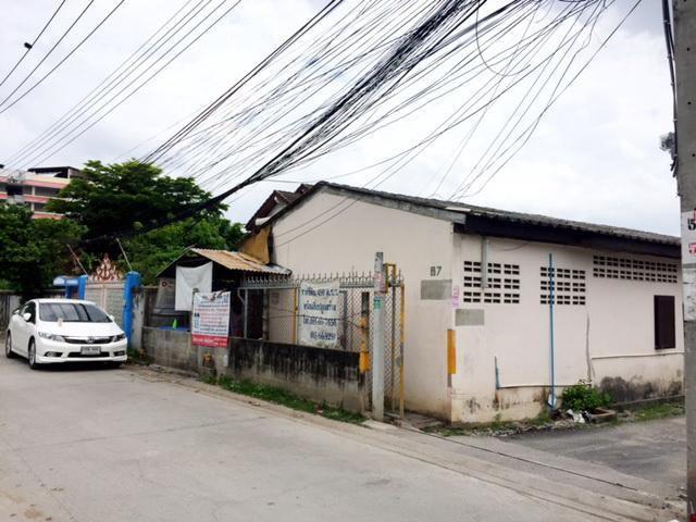 ขายที่ดินราคาถูก ใกล้ BTS บางหว้า (430 ตร.ว.) ถนนเพชรเกษม 28 แยก 23(ซอยราชพฤกษ์ 6)