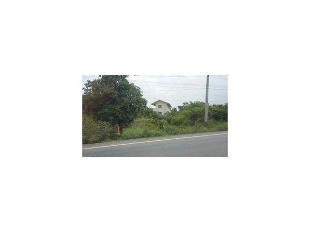 ขายที่ดินติดถนนคลองระพีพัฒน์ เนื้อที่ 4 ไร่ ขายยกแปลง 8.6 ล้าน หน้ากว้าง 40 เมตร