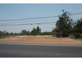 ขายที่ดิน9ไร่60ตารางวา ติดถนนนใหญ่ร้อยเอ็ด-สุวรรณภูมิ 215 หน้ากว้าง 265เมตร