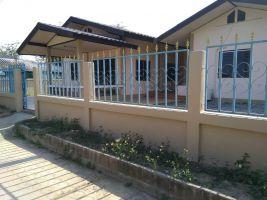 บ้านติดแม่น้ำหลังใหญ่ สร้างใหม่ราคาหลักแสน 4 นอน 2 น้ำ อยู่ในชุมชน ใกล้ตลาดสด ศูนย์ราชการ