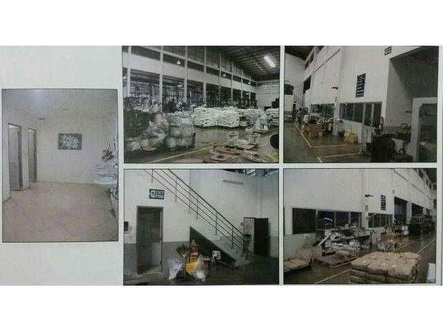 ขายกิจการโรงงานผลิตบรรจุภัณฑ์ อ.บางพลี จ.สมุทรปราการ กม.22 ห่างถนนประมาณ 300 เมตร  เนื้อที่ 3 ไร่ 33 ตรว.  อาคารโรงงาน.