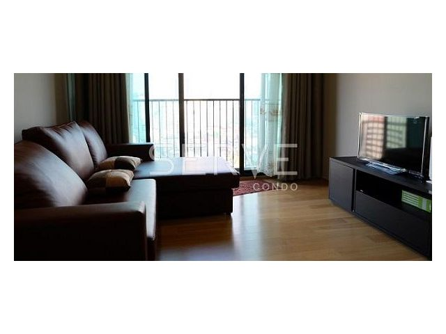 NOBLE REVENT for rent 150 meters from Phyathai BTS and ARL station 49 sqm 1 bed and 35000 per month