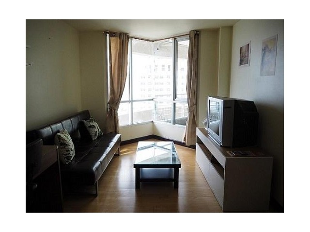 NOBLE HOUSE PHAYATHAI for rent 44 sqm 1 bed and 20000 Bath per month