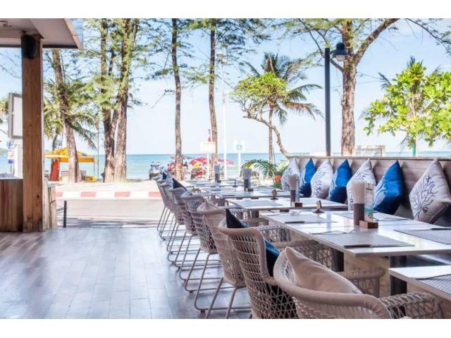 ขายโรงแรมสวย วิวทะเล ติดหน้าหาดป่าตอง พื้นที่ 1 ไร่ สูง 4 ชั้น 62 ห้องพัก ติดแหล่งท่องเที่ยวและสถานบันเทิง  มีโฉนด