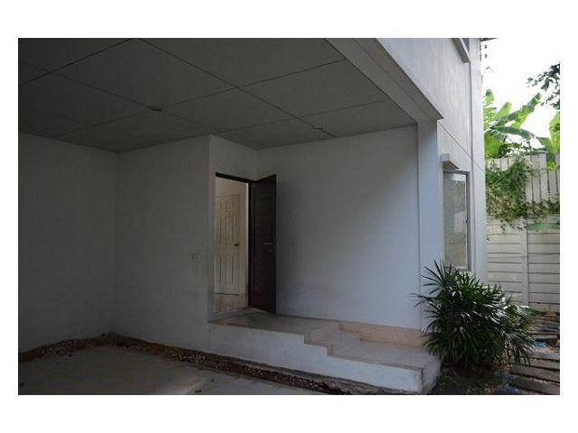 ขายบ้านโนเบิลจีโอพระราม 5 3 ห้องนอน 4 ห้องน้ำ พื้นที่ 99 ตารางวา ที่จอดรถ 2 คัน 8284000 บาท