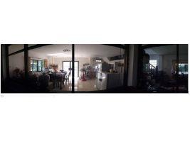ให้เช่า -ขายที่ดินพร้อมบ้าน ใหญ่ สภาพดี ในคูเมืองเชียงใหม่ 224 ตรว. Sale Land w 2 main &2 small house in Chiangmai Old Town (Old city) Singharat soi 4
